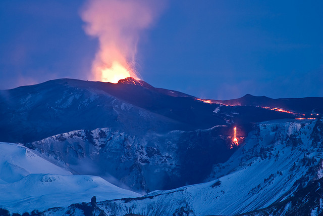 Volcanic Eruption Eyjafjallajökull by fridgeirsson, on Flickr