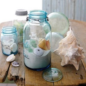 http://www.familycircle.com/family-fun/bright-decorating-ideas-for-winter-days/?page=16&cuid=8e57b27002be780b0220c86438ce1bbf