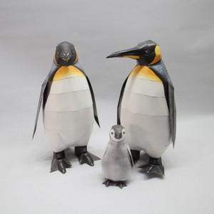 happy paper emperor penguin davana - reefs
