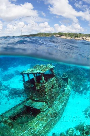 Clubs In Little Rock >> Sunken Ships, Wreck Diving in Curacao - Reefs.com