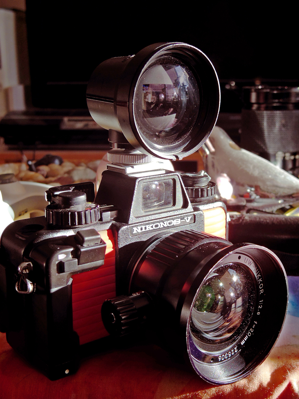 Nikonos camera