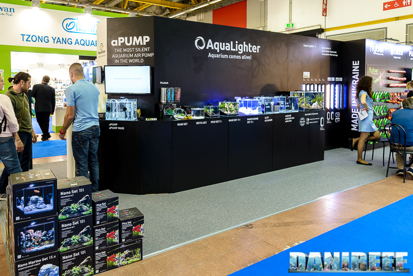 aqualighter booth