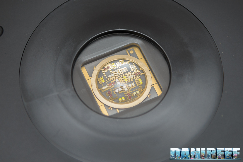 Zetlight UFO ZE-8000