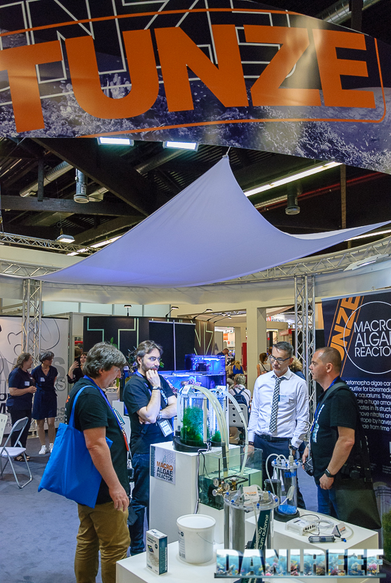 tunze booth algae reactor