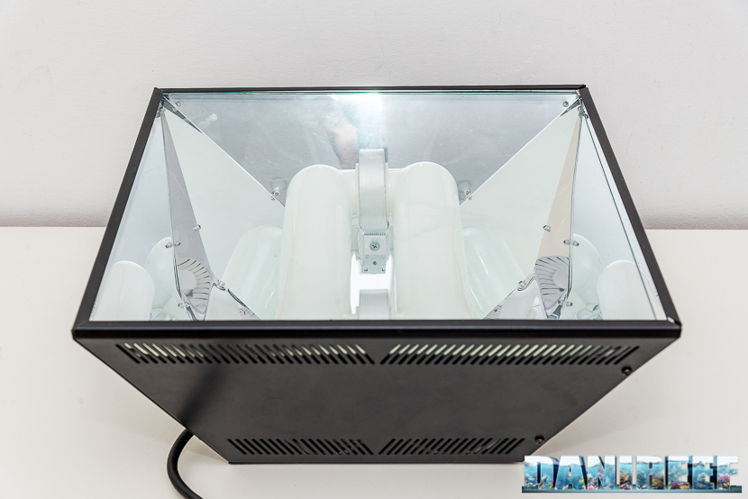 201812 H.V. Innovation, lumenarc, plafoniera, t5 01 Copyright by DaniReef